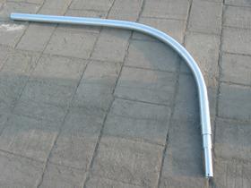 Wysiegnik rurowy W16/1/1/1 wysokość wysięgnika 1m, jedno ramię, wysięg ramienia 1m.Średnica uchwytu lampy fi 60.