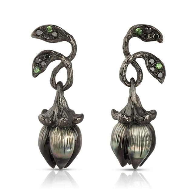 Swoonery-Bellflower Tsavorite Earrings