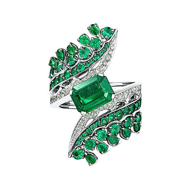 Swoonery-Legends Of Africa Bonetta Ring In Diamonds And Emeralds