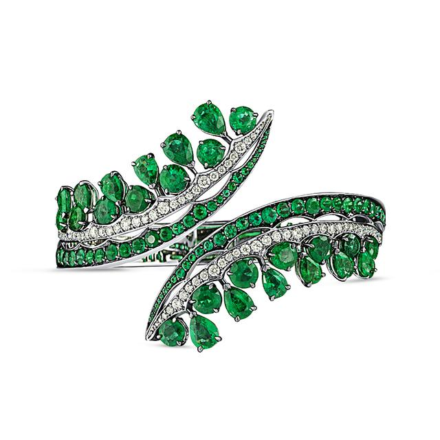 Swoonery-Legends Of Africa Bonetta Bangle In Diamonds And Emeralds