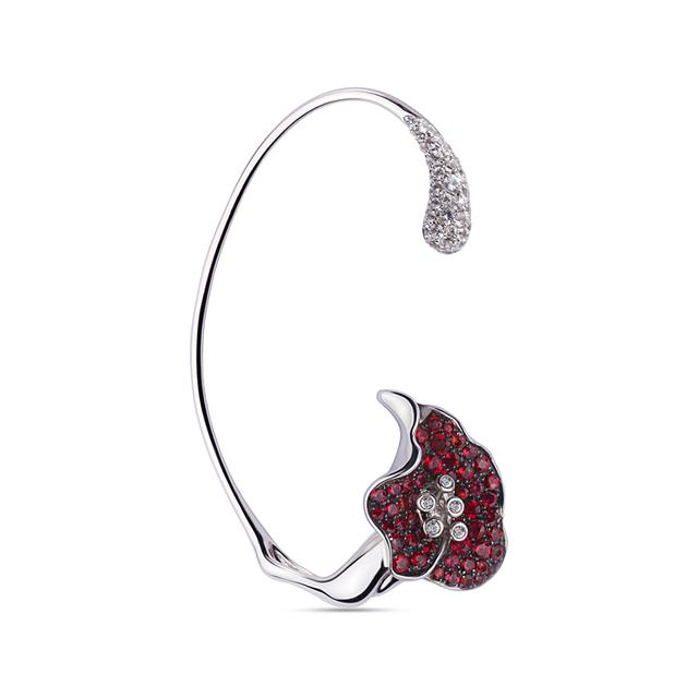 Swoonery-_x000D_The Scarlet Flower Ear Cuff _x000D_